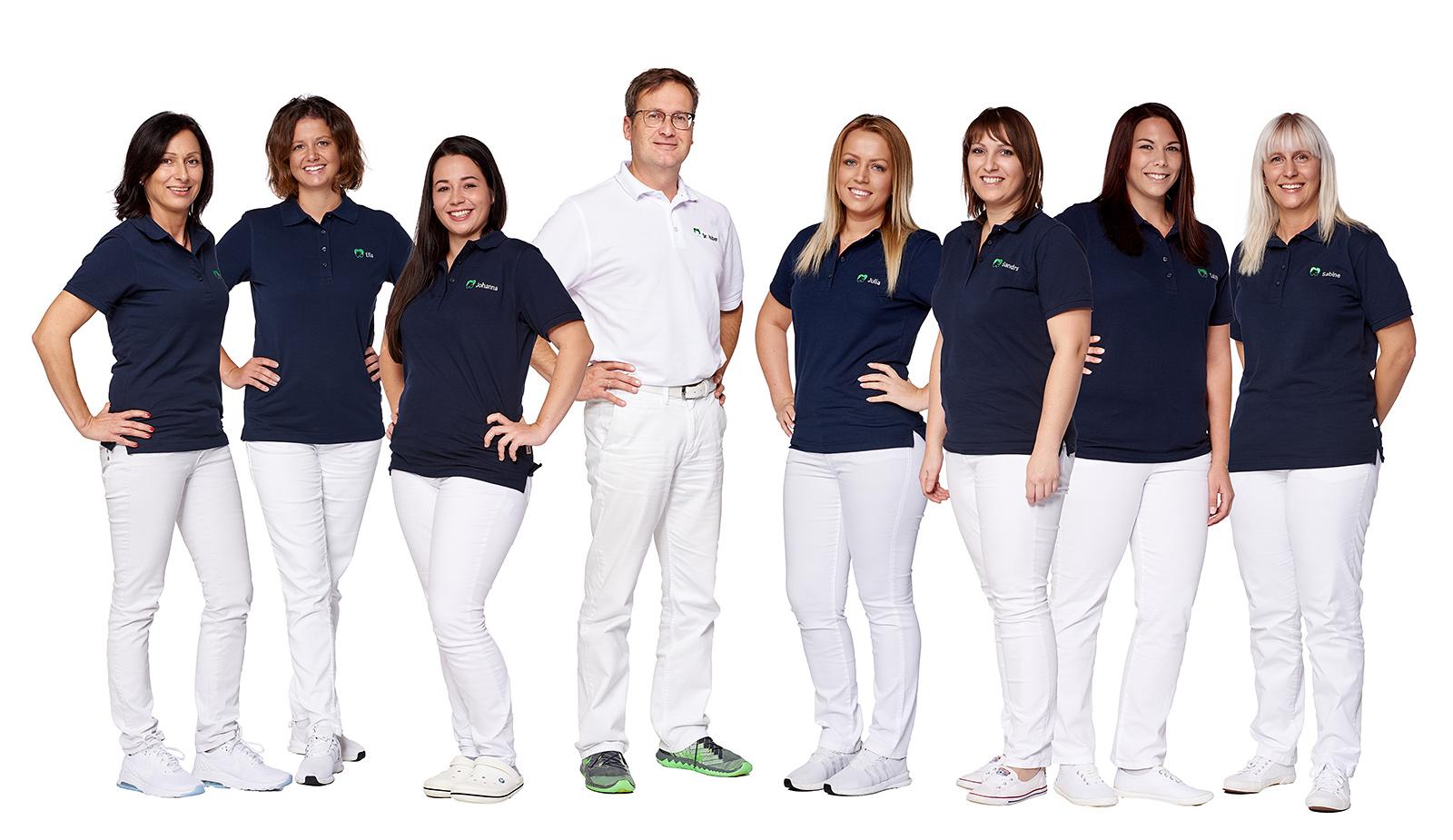 Das Team der Zahnarztpraxis Dr. Huber